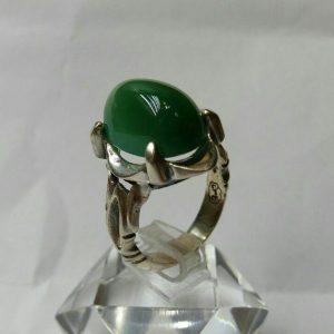 انگشتر عقیق سبز چهار چنگ
