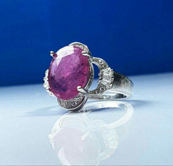 انگشتر جواهری یاقوت قرمز معدنی