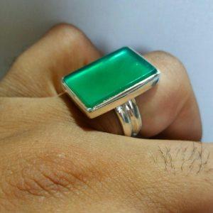 انگشتر عقیق سبز درجه یک تخت
