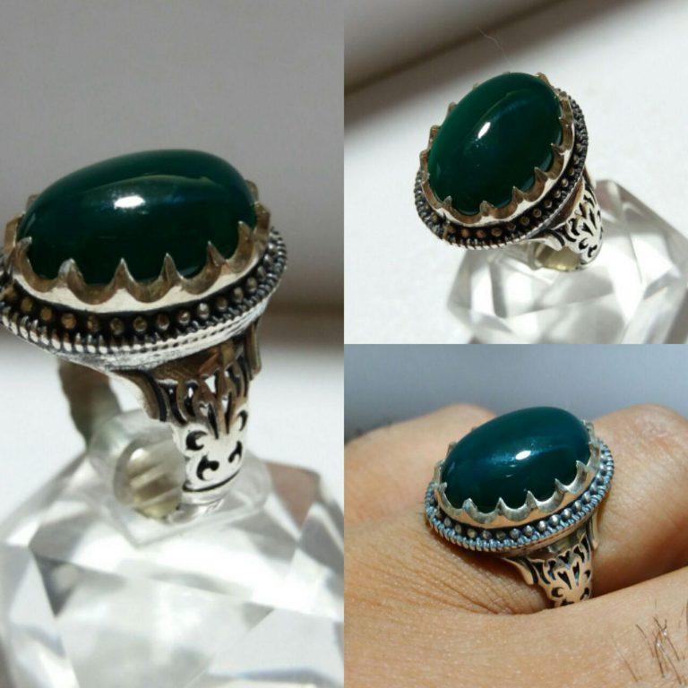 انگشتر عقیق سبز پر رنگ