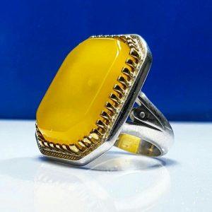 انگشتر عقیق زرد چهار گوش