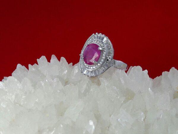 انگشتر جواهری یاقوت قرمز افریقایی