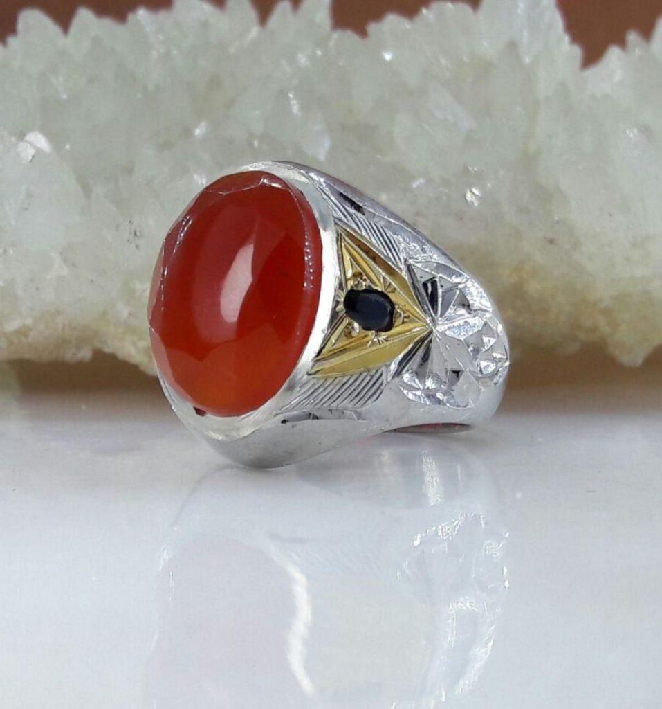 انگشتر عقیق یمن سرخ الماس تراش