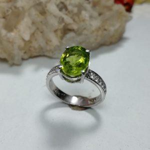 انگشتر زنانه جواهری زبرجد اصلی خوش رنگ زیبا