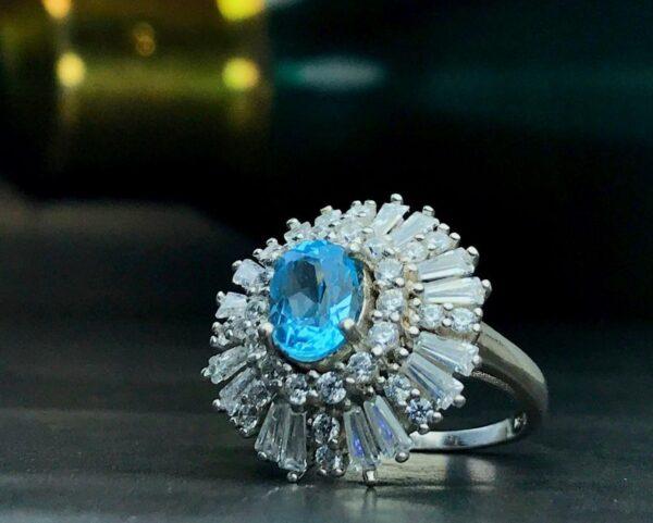 انگشتر زنانه جواهری توپاز سویسی اصل