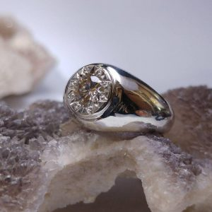 انگشتر حرز امام جواد کبیر روی پوست آهو مخراج الماس روسی