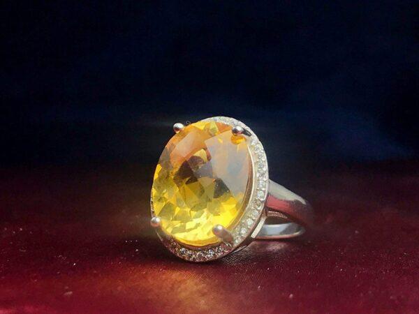 انگشتر زنانه سیترین طلایی اصل