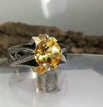 انگشتر سیترین طلایی خوش رنگ اصل