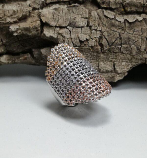 انگشتر جواهری تمام نگین خوش دست زیبا