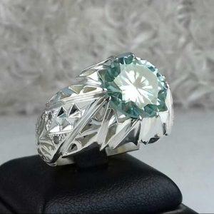 انگشتر موزونایت سبز الماس روسی