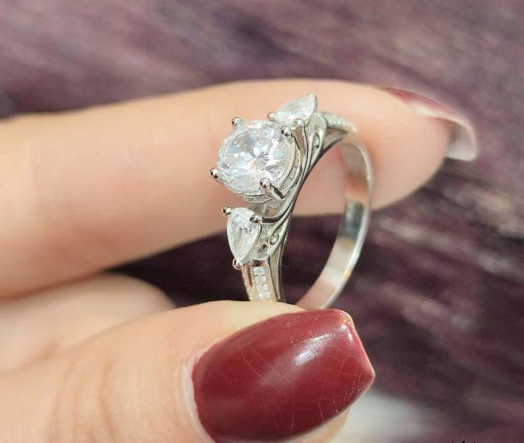 انگشتر نقره زنانه جواهری زیبا